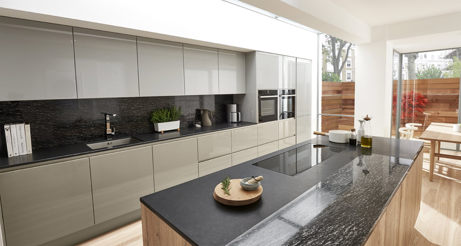 High Gloss Handleless Kitchen Range London.