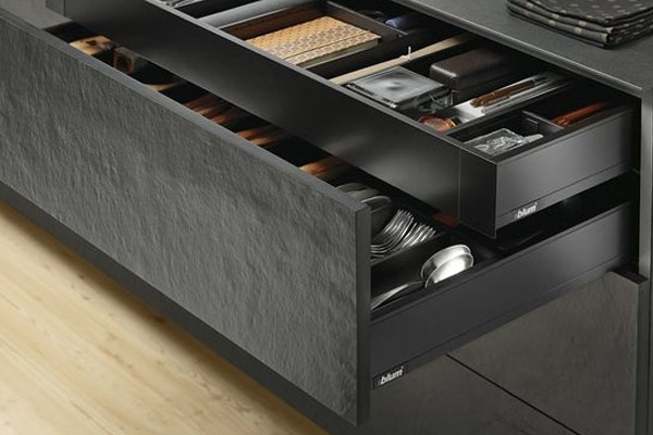 Kitchen Units with Blum Legrabox